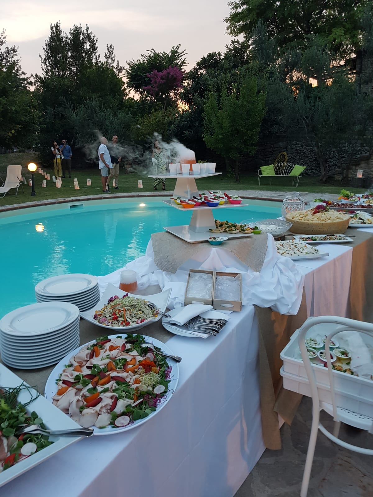 poolparty buffet